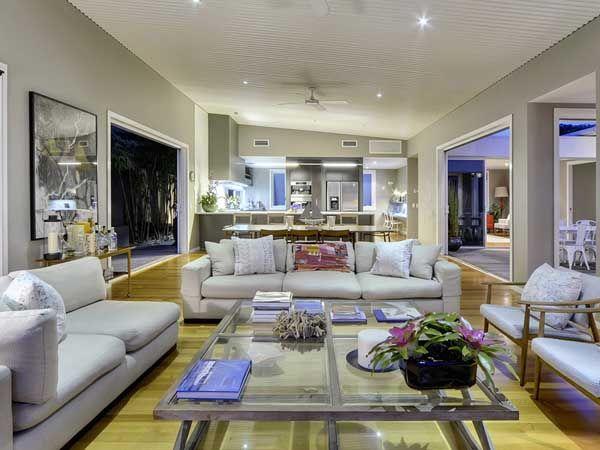 Modern Age Residence15 Modern Age Residence in Queensland