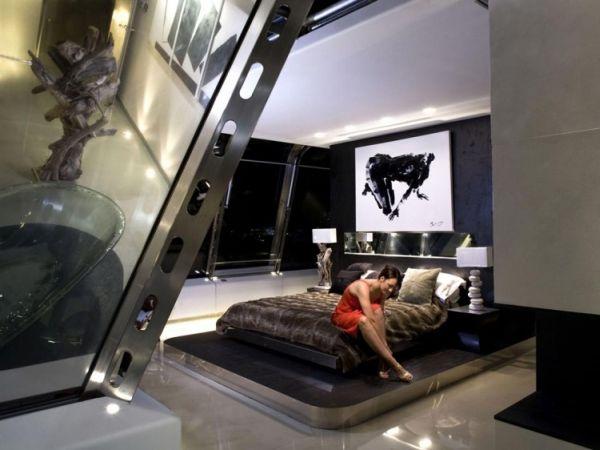 Penthouse by Studio RHE16