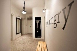 Interior design on a budget: QUOTEL by mode:lina