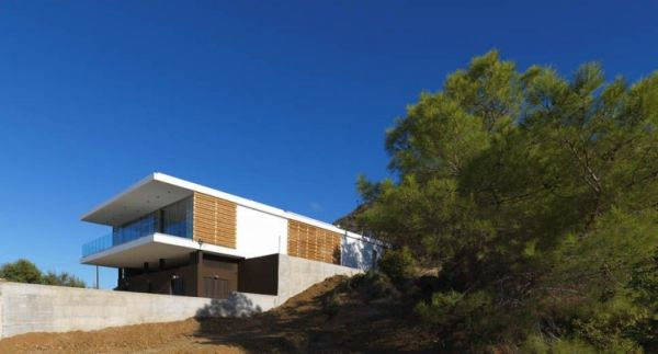 Vacation Home Transformed Zephyros Villa in Pomos: Luxury Vacation Home For the Rich