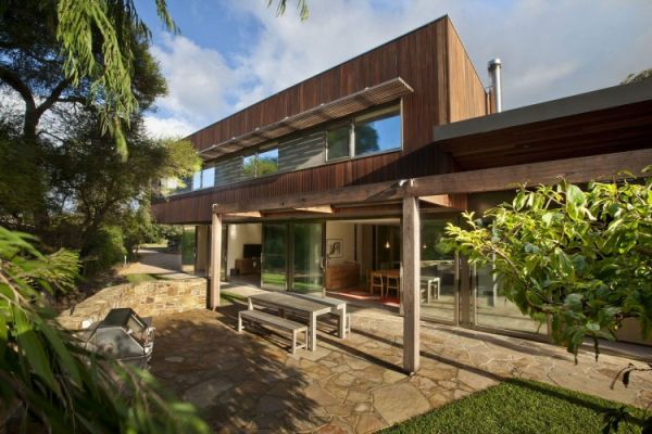 Challenging Beach House Project Challenging Beach House Project by Baenziger Coles Studio
