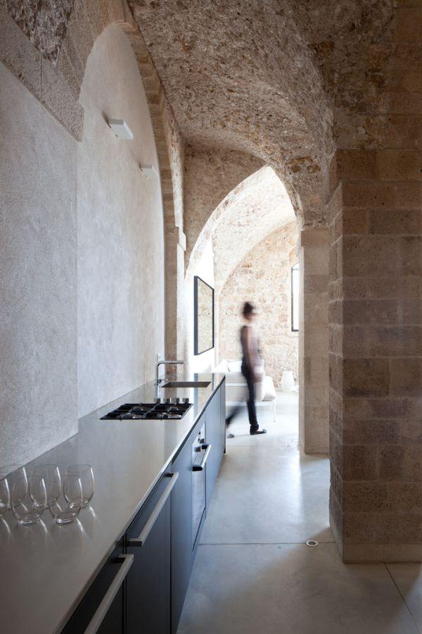 Contemporary minimalist apartment3