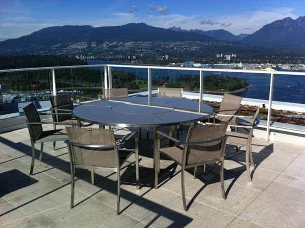 Contemporary penthouse interior design15
