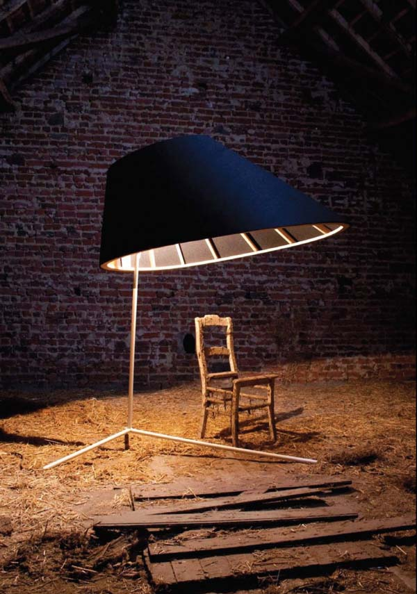 Eliz Lamp by Stal Collectief Contemporary, large and interesting Eliz Lamp by Stal Collectief