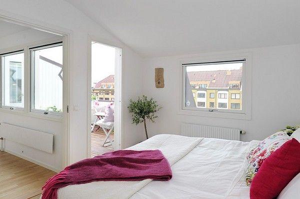 Moderne attische wohnung bezaubert mit seinem wei en interieur haus - Dachwohnung interieur penthouse ...