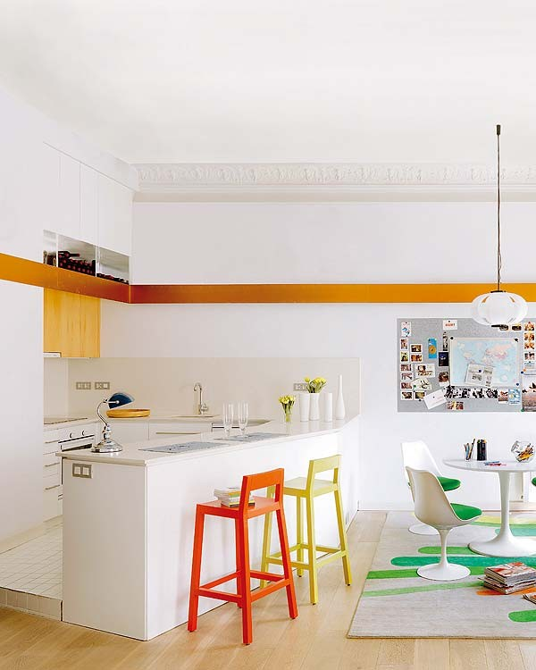 Barcelona Apartments: Barcelona Apartment Flooded With Natural Light