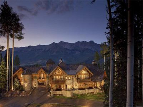 Castlewood Manor 1 Castlewood Manor in Telluride Brings to You a Historic Feeling