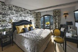 Chic Hotel Tucked Away on the Côte d'Azur
