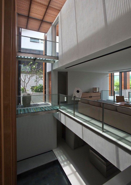 Cove Way House by Bedmar and Shi 15