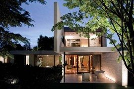 Fascinating inside and out: Fray Leon House in Santiago, Chile