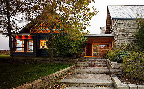Green-Blais-Residence-by-Architects-Alliance-13