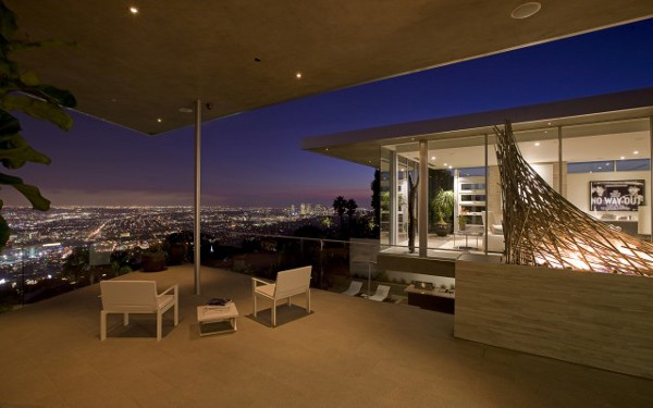 House With Spectacular Downtown City Views 2