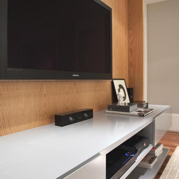 Kwartet Architects Create Contemporary Interiors for Barra Funda Apartment8