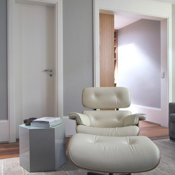Kwartet Architects Create Contemporary Interiors for Barra Funda Apartment9
