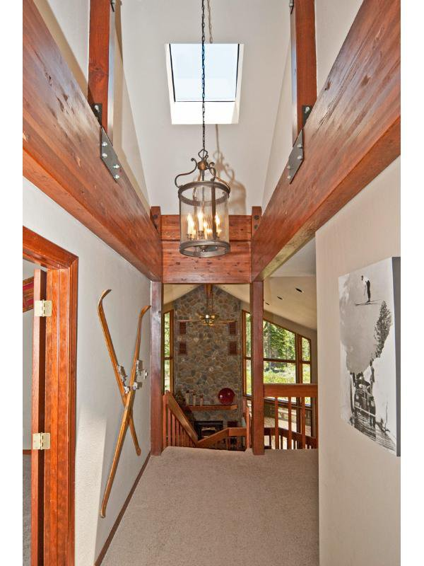 Luxury Mountain Home 25