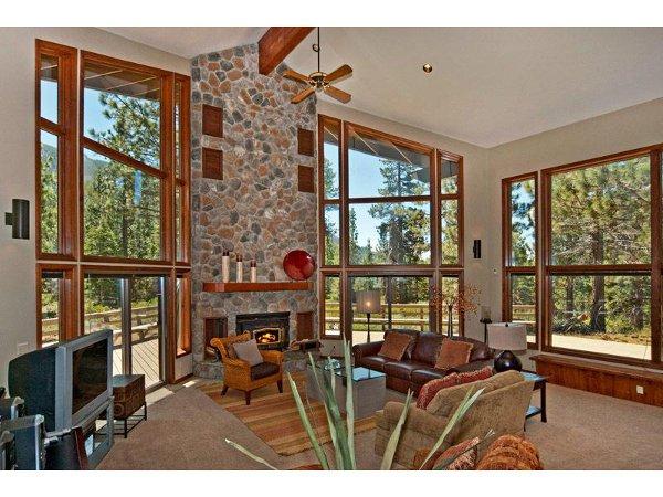 Luxury Mountain Home 7