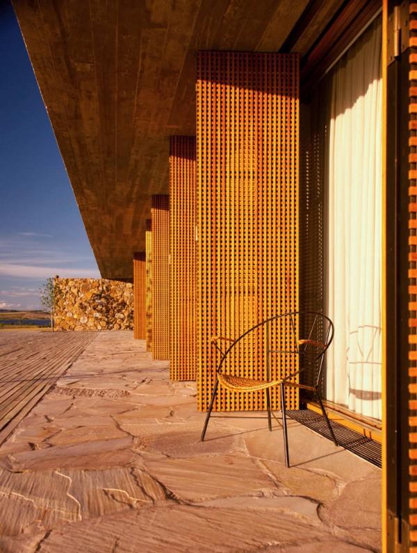Punta-House-by-Marcio-Kogan-8