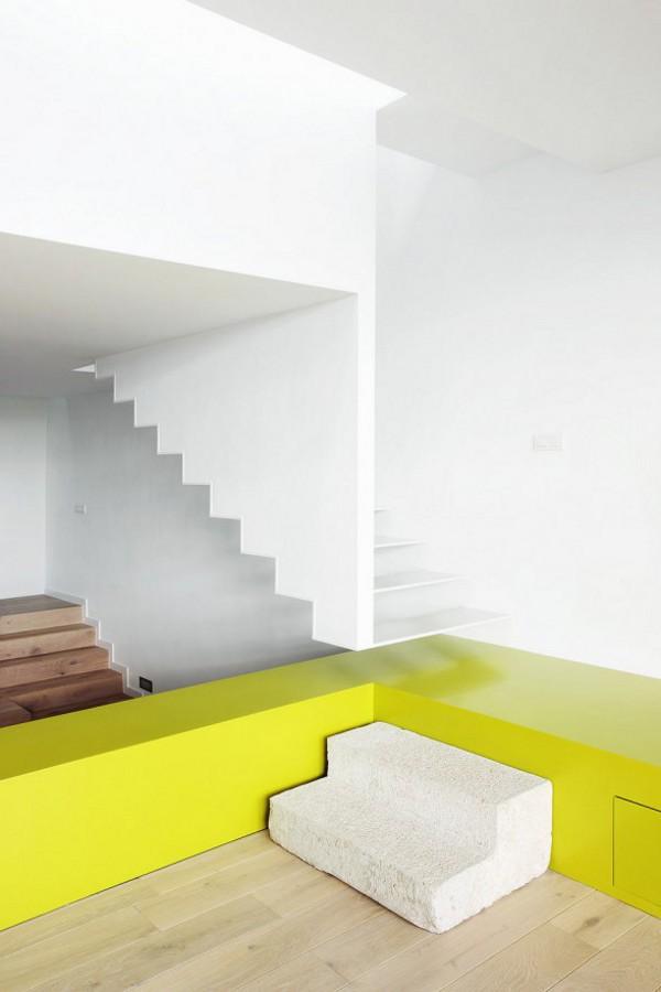 Spacious Step House Design in Narrow Plot Land 13