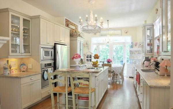 Vintage, Yet Romantic, Kitchen to Suit Your Taste