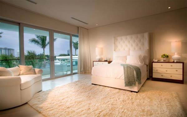 waterfront-home-in-Miami-Beach-16