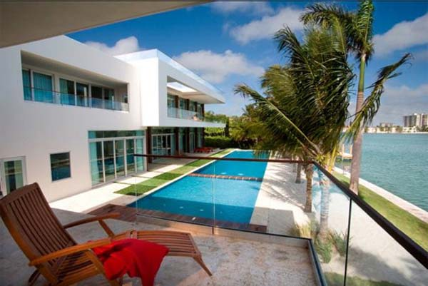 waterfront-home in-Miami-Beach (3)