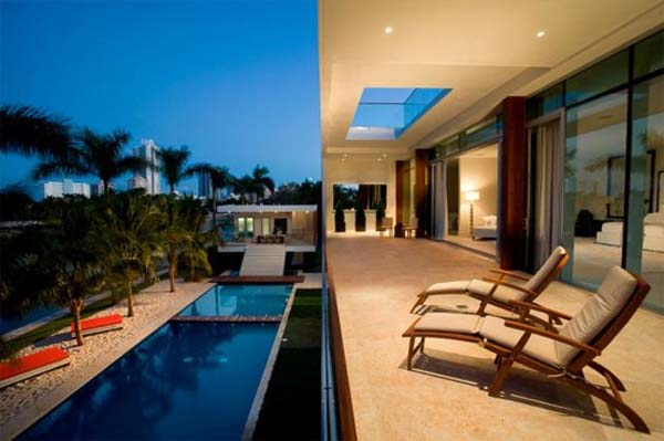 waterfront-home-in-Miami-Beach-4