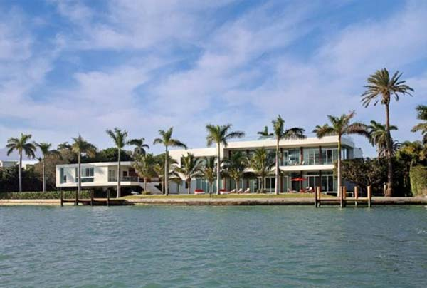waterfront-home-in-Miami-Beach-6