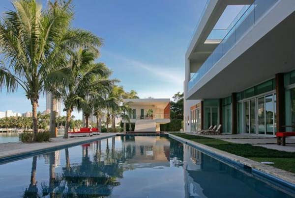 waterfront-home in-Miami-Beach (7)