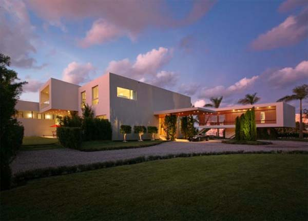 waterfront-home in-Miami-Beach (8)