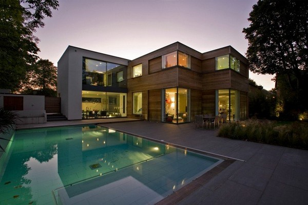 Contemporary Home in London 1