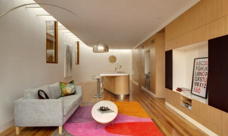 Timber House, An Arresting Beauty