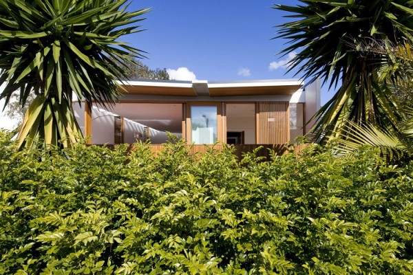 Curl Curl Beach House by CplusC Architects 4