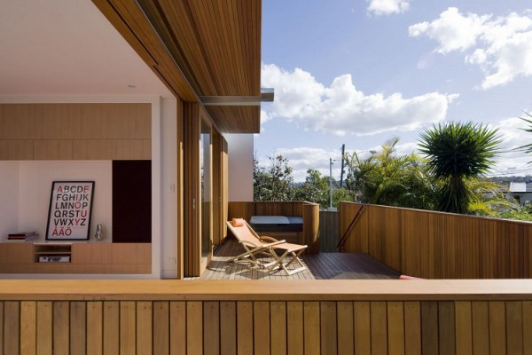 Curl-Curl-Beach-House-by-CplusC-Architects-8