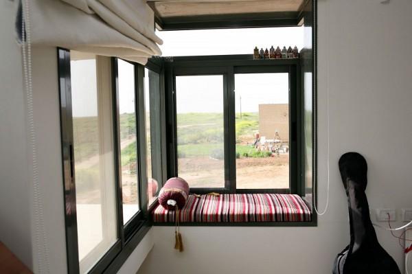 Desert Villa by Uri Cohen Architects 15