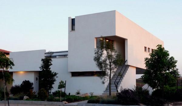 Desert-Villa-by-Uri-Cohen-Architects-2
