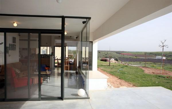 Desert-Villa-by-Uri-Cohen-Architects-6