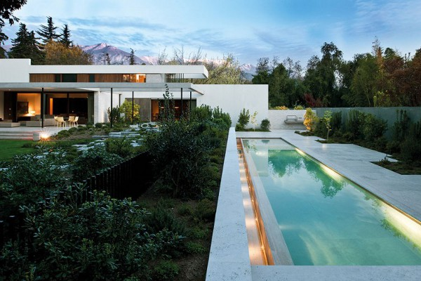 Fray-Leon-House-by-57-Studio-6