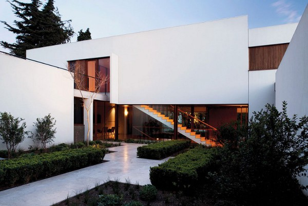 Fray-Leon-House-by-57-Studio-7