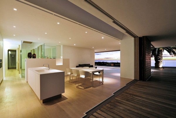 Impressive-Modern-Home-in-South-Africa-by-Luis-Mira-Architects-13