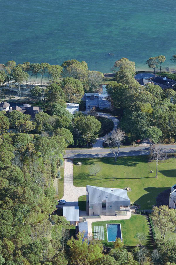 Impressive Three Volume Residence on Shelter Island 17 YN 13 House on Shelter Island is an Unusual 3 Volume Residence