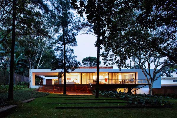 Music Meets Nature Santa Amaro House by Isay Weinfeld 1