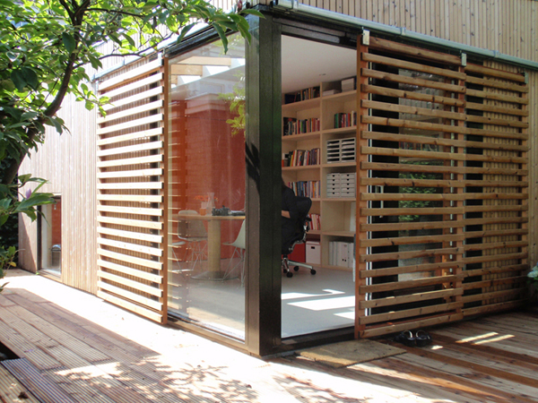 Office and Guest House in a Modern Garden Pavilion 1
