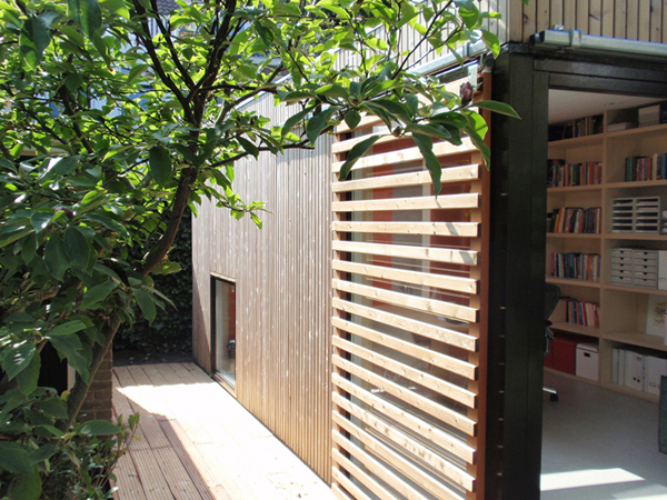 Office and Guest House in a Modern Garden Pavilion 6