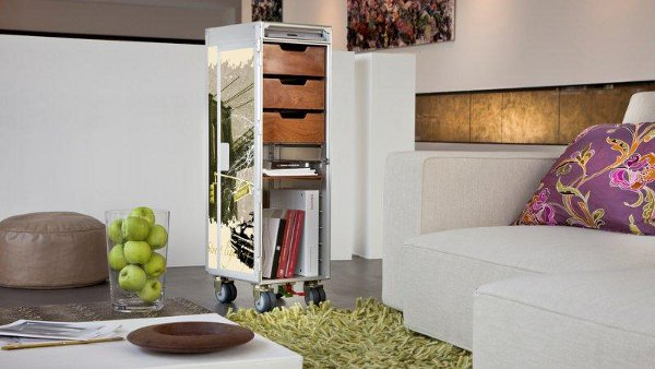 SKYPAK NewYork LivingRoom2 72 Skypak Trolleys Now Boast Enticing Designs