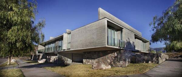 Sobrino House by A4estudio 2