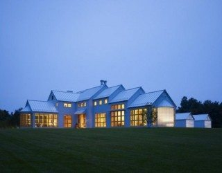 The Orchards Country Home in Michigan Sports Eco-Friendly Design
