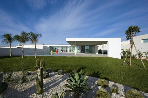 Villa-GM-by-Architrend-Architecture-1