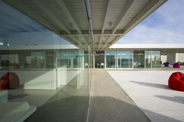 Villa-GM-by-Architrend-Architecture-12