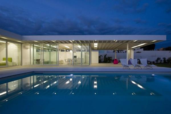 Villa-GM-by-Architrend-Architecture-17