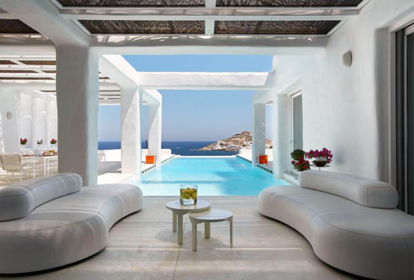 White Cycladic House 2 The fantastic White Cycladic House under the Aegean sun